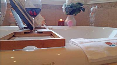 Bath Tray Grips